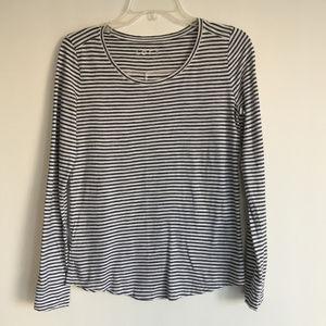 LOFT black & white stripe long-sleeve tee Size XS